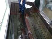 宇和島市 一般のお客様 テラスウッドデッキ アオサ・コケ 高圧洗浄クリーニング施工事例